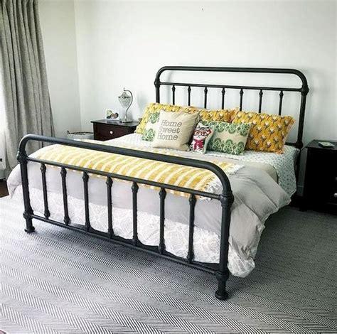 Modern-Farmhouse-Iron-Bed