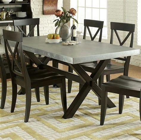 Modern-Farmhouse-Metal-Dining-Room-Table
