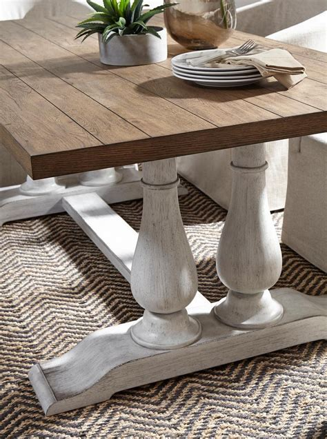 Modern-Farmhouse-Pedestal-Dining-Table