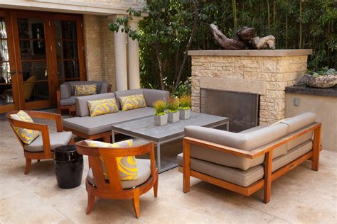 Modern-Outdoor-Wood-Furniture-Plans
