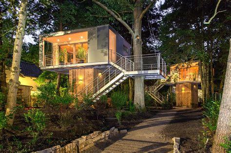 Modern-Tree-House-Plans