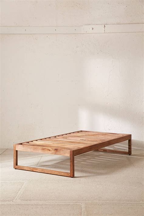 Morey-Platform-Bed-Diy