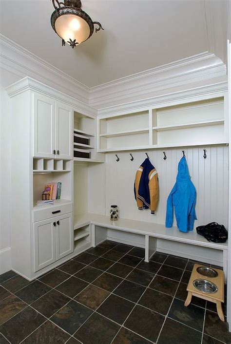Mudroom Locker Plans With Doors