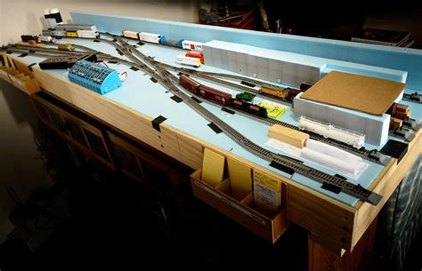 N Gauge Shelf Layout Plans