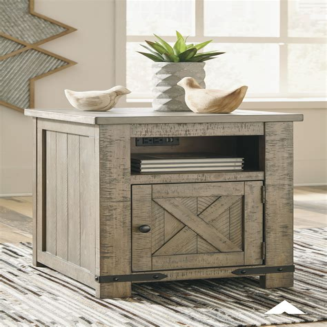 Narrow-Distressed-Gray-Farmhouse-Side-Table