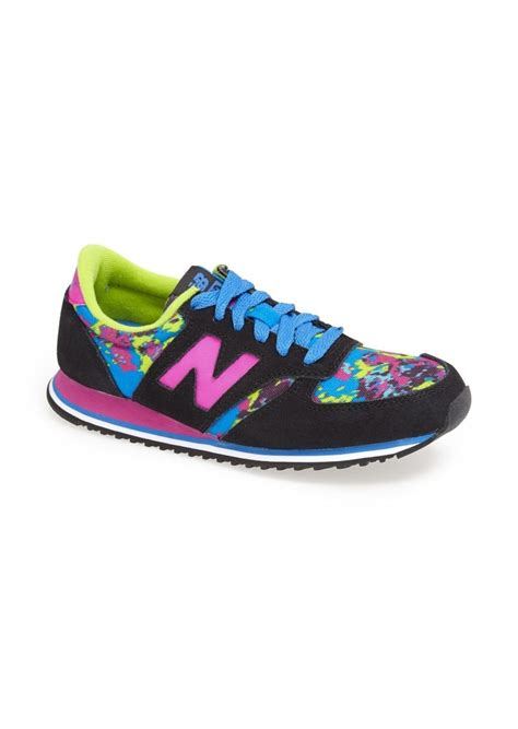 New Balance 420 Tomboy Sneaker Women