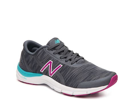 New Balance 711 Sneaker Review
