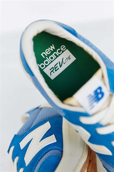 New Balance Heritage Court 300 Sneaker