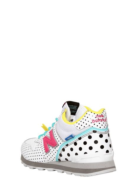 New Balance Mens White Leather 996 Sneakers