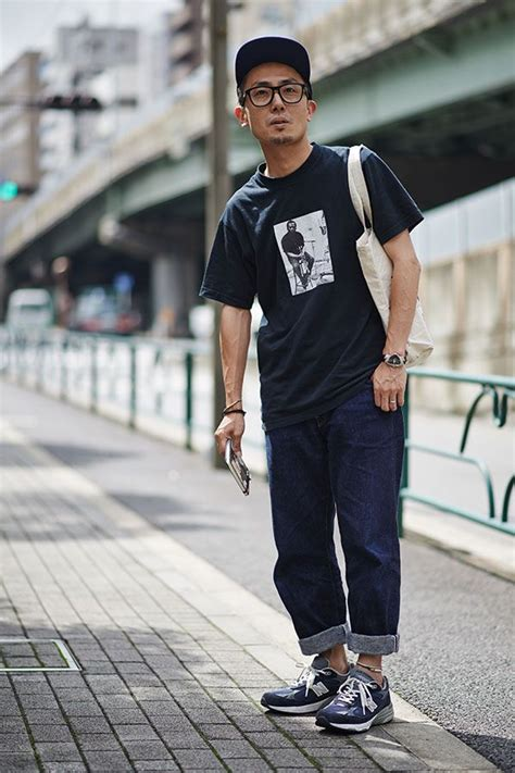 New Balance Sneakers Outfit Ideas