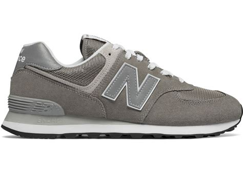 New Balance The 574 Classic Sneaker In Grey