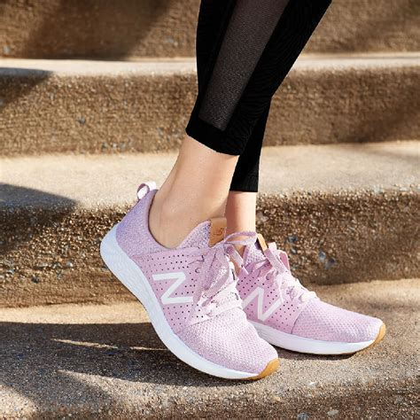 New Balance Womens Cruise Sneakers