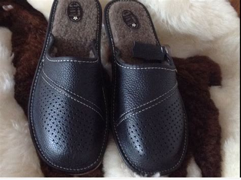 New Men's Kulia Flip Flop Dark Wood/Dark Wood 9