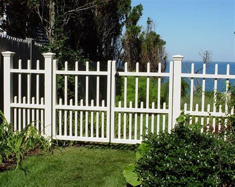 New-England-Woodworkers-Custom-Fencing
