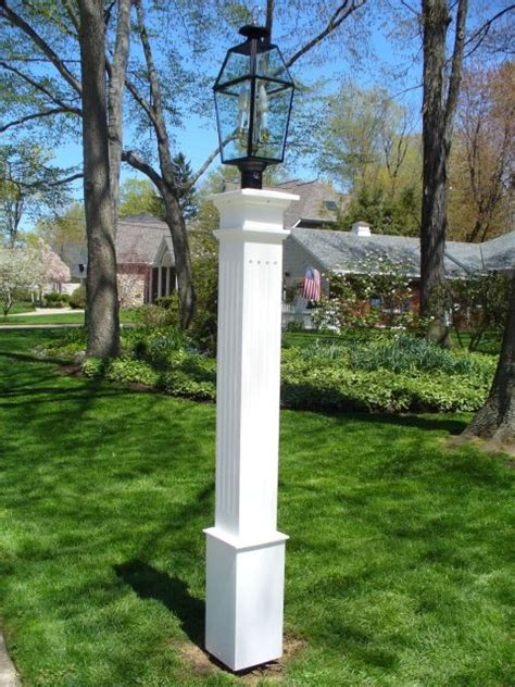 New-England-Woodworkers-Lamp-Post