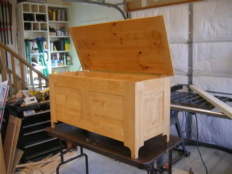 New-Yankee-Workshop-Blanket-Chest-Plans