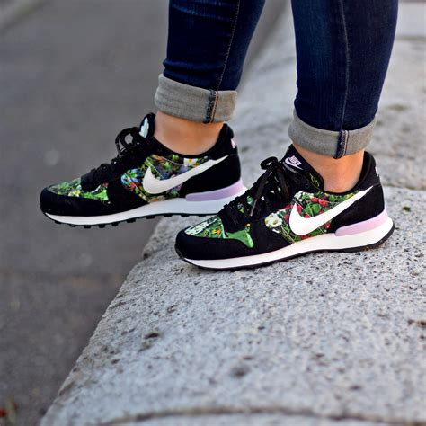 Nike Black Flower Sneakers