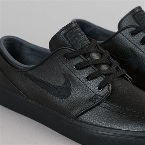 Nike Black Leather Sneakers