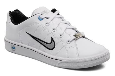Nike Court Tradition Sneakers