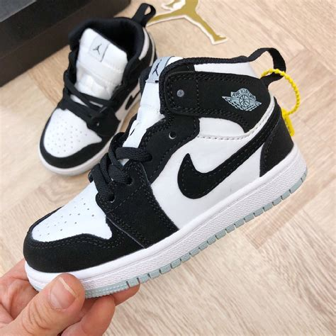 Nike High Cut Sneakers