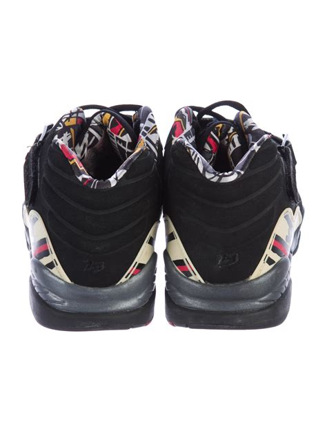 Nike Leather Low Top Sneakers