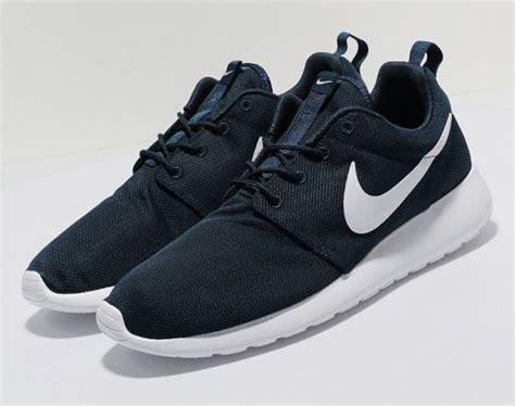 Nike Roshe Run Sneakers Navy