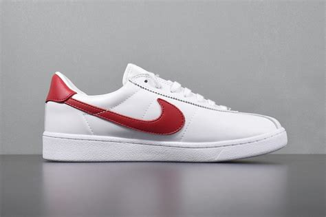 Nike Sneakers White And Red