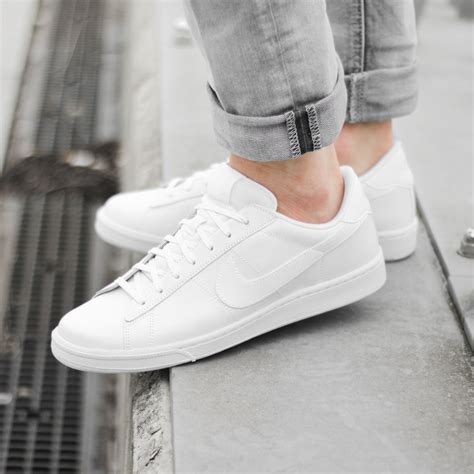 Nike Womens All White Sneakers