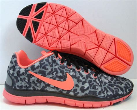 Nike Womens Cheetah Print Sneakers