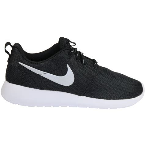 Nike Womens Roshe One Sneakers