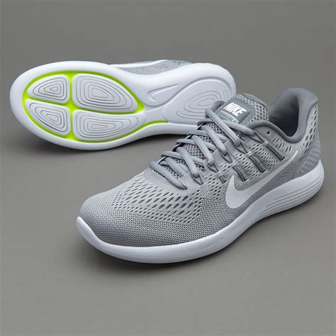 Nike Womens Sneakers For Pronatin