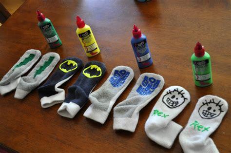 No-Slip-Socks-Diy