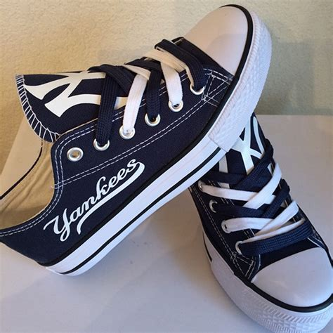 Ny Yankees Converse Sneakers