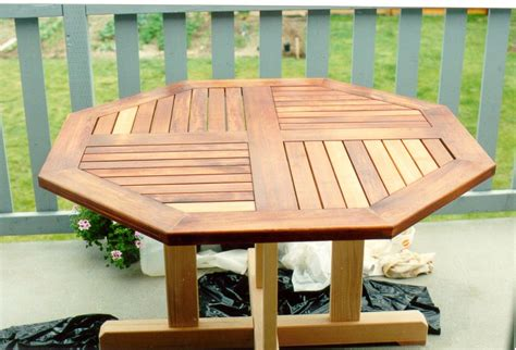 Octagon Deck Table Plans With Center Leg
