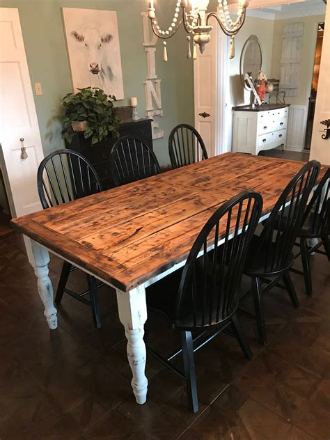 Old-Farm-Dining-Room-Tables