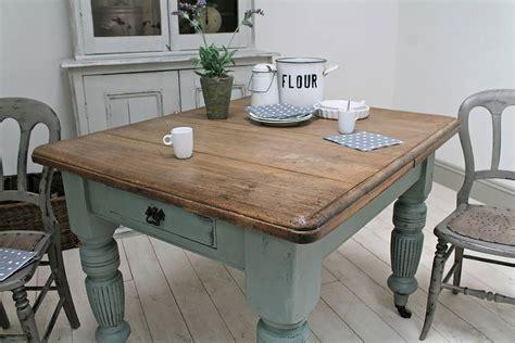 Old-Farmhouse-Kitchen-Table