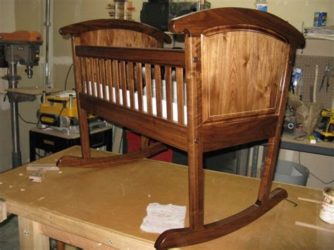 Old-Fashioned-Baby-Cradle-Plans