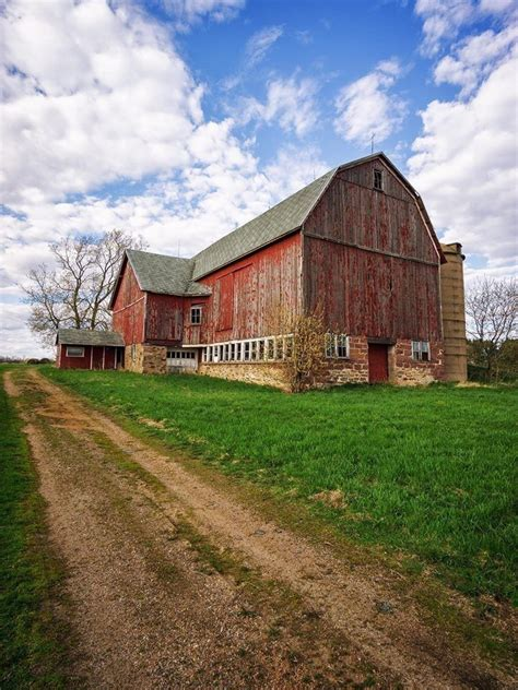Old-Fashioned-Barn-Plans