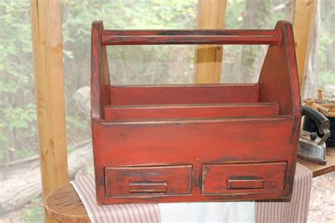 Old-Fashioned-Tool-Box-Plans