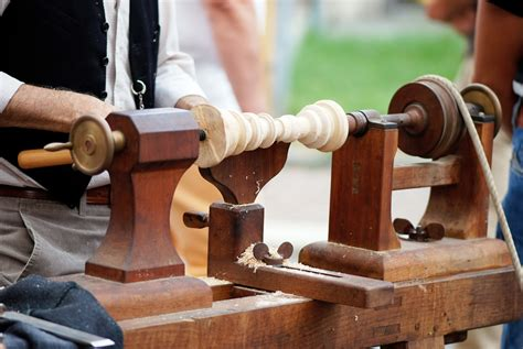 Old-Lathe-Woodworking