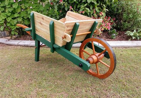 Old-Wooden-Wheelbarrow-Plans