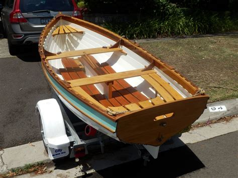 Oughtred-Plywood-Boat-Building-Table-Plans