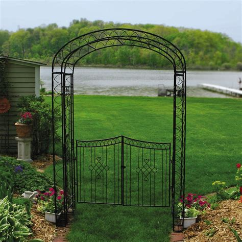 Outdoor Arbors With Gates