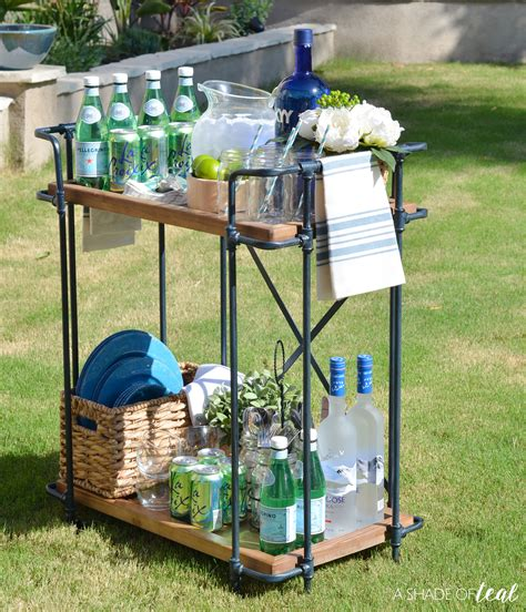 Outdoor Bar Cart Idea