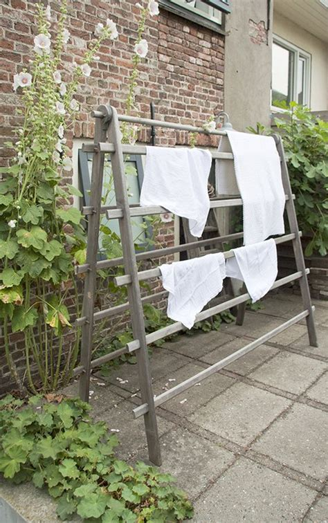 Outdoor Clothes Drying Rack DIY
