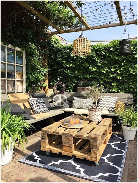 Outdoor Coffee Table Ideas Diy
