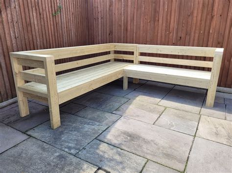 Outdoor Corner Bench Diy Hollow