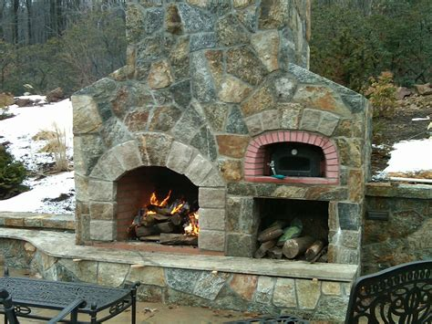 Outdoor Fireplace With Pizza Oven Designs