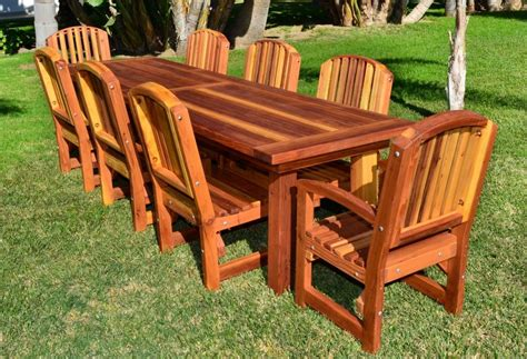 Outdoor Redwood Table Plans