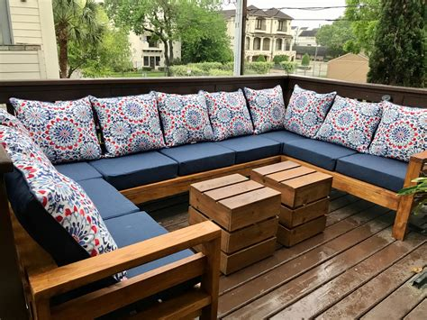 Outdoor Sofa Plans And Projects